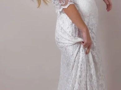 pregnant-bride