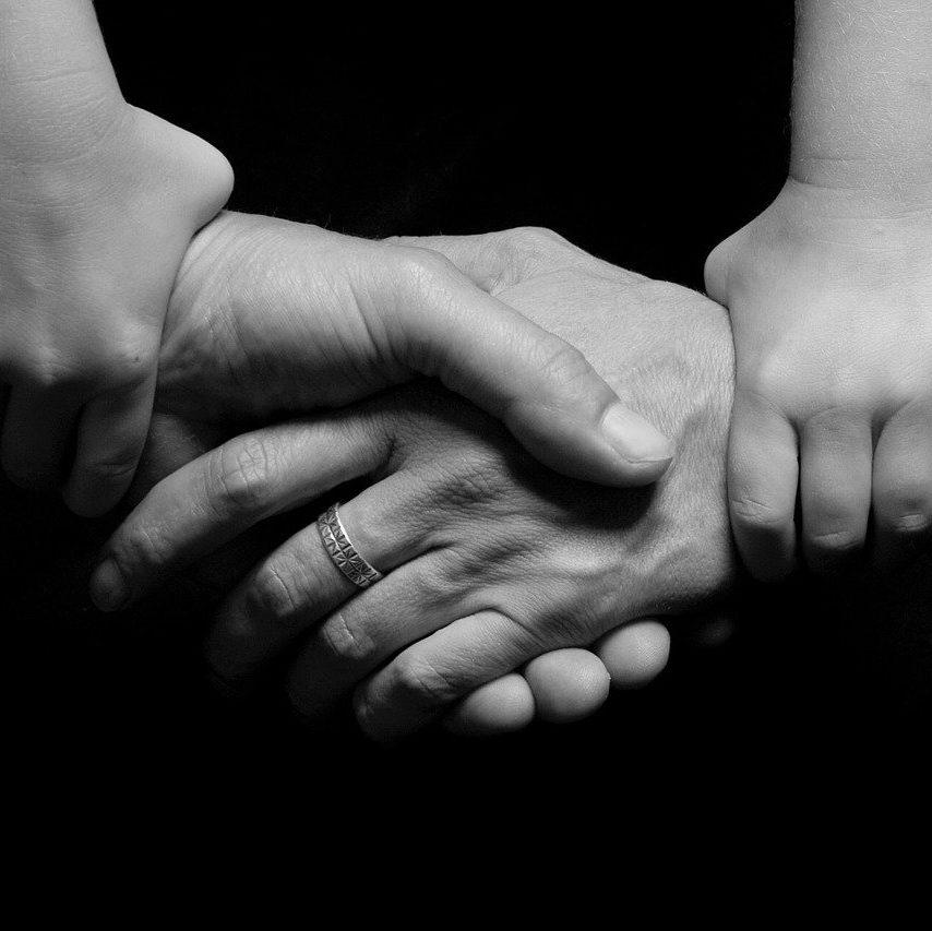 Encouragez-vous les uns les autres