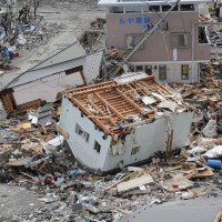 Earthquakes, Tsunamis, Volcanoes, & Noah's Flood