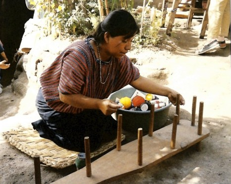 Telar de palitos (Textiles of Central and South America)