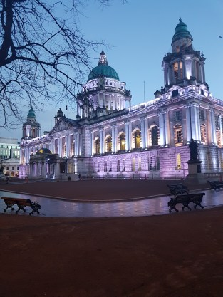 City Hall Belfast by night ©biboucheetbibouchon