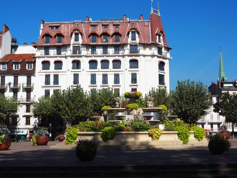 Aix-les-Bains : une ville intéressante à découvrir au bord du lac du ...