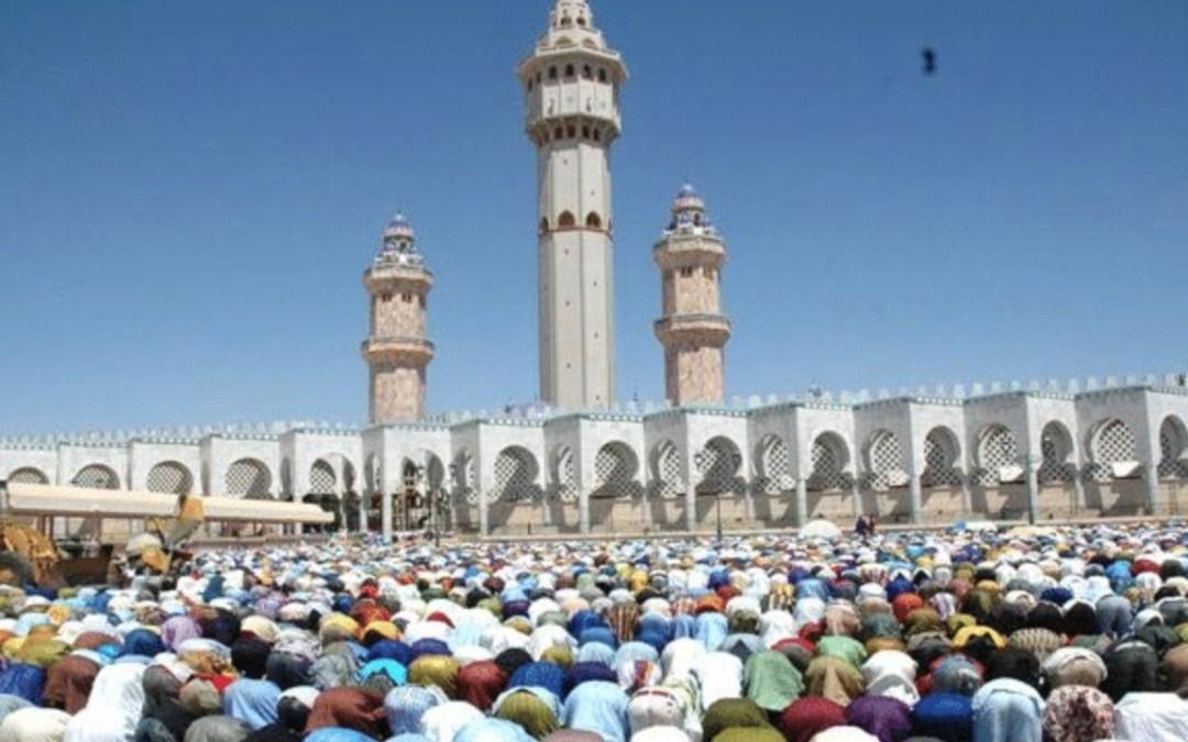 LIVE |  Prière du Vendredi à la Grande Mosquée  de Touba ven. 05 Mars. 2021