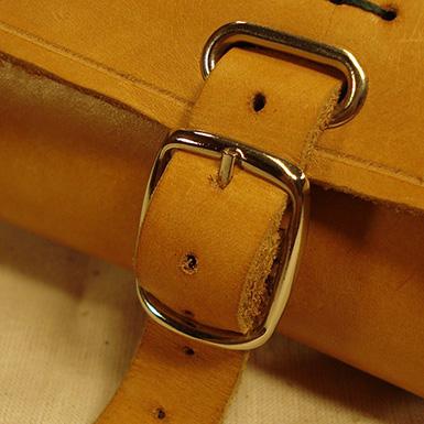 Cartera bolsa de herramientas en cuero para sillin y manillar de bicicleta antigua o clasica