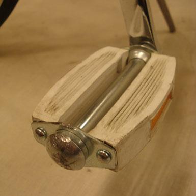 Pedal notario color blanco New Old Stock montado