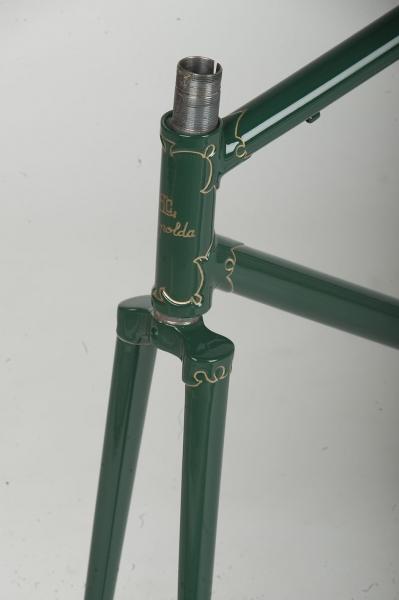 Restauracion pintura cuadro fileteado direccion bicicleta carretera antigua clasica carreras