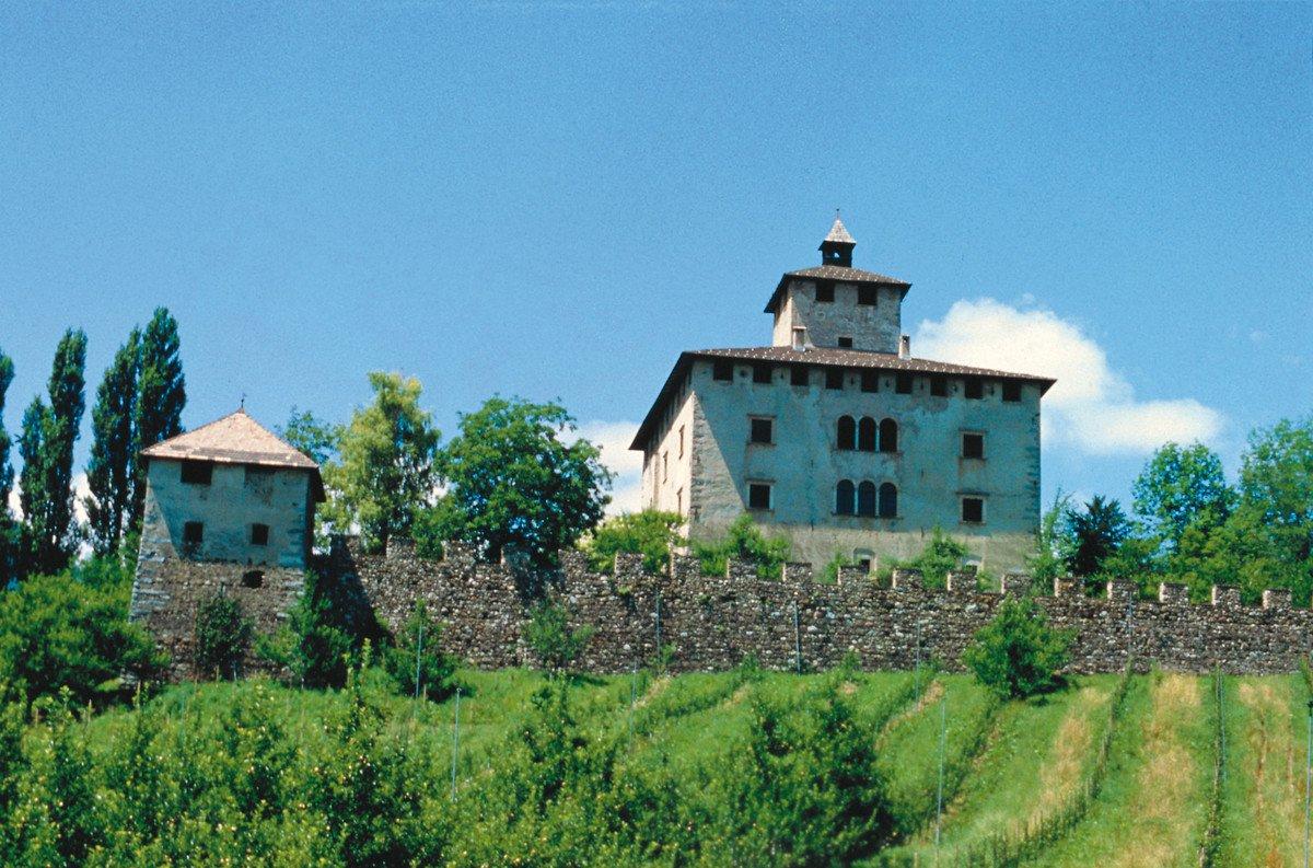 Castel Nanno (visittrentino)