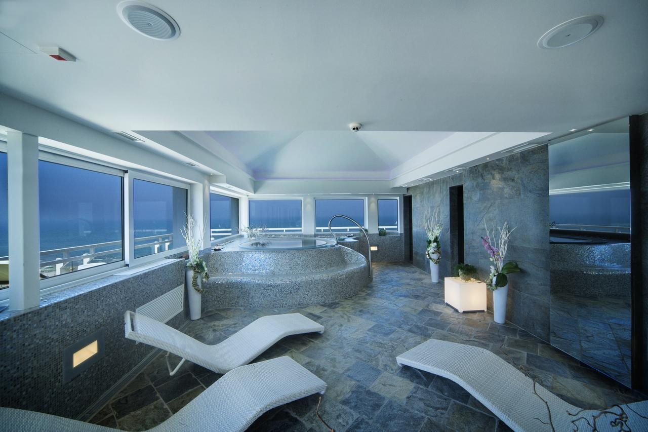Hotel Adlon Riccione (booking.com website)