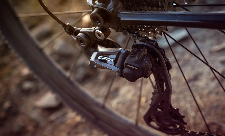 Deragliatore posteriore Shimano GRX (foto dal sito web cyclingtips.com)