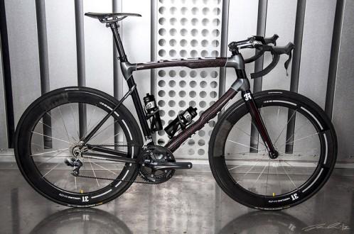 RaceBRAID carbon fiber road bike designed by Jacob Haim