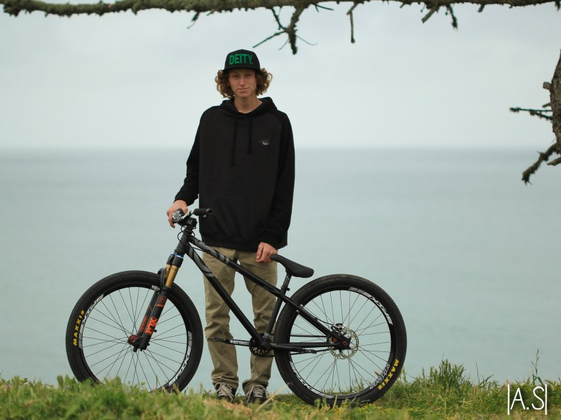 owen marks profile youth-8563