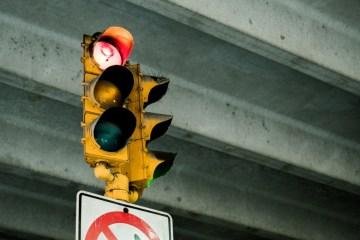 Red-light running deadliest in Arizona