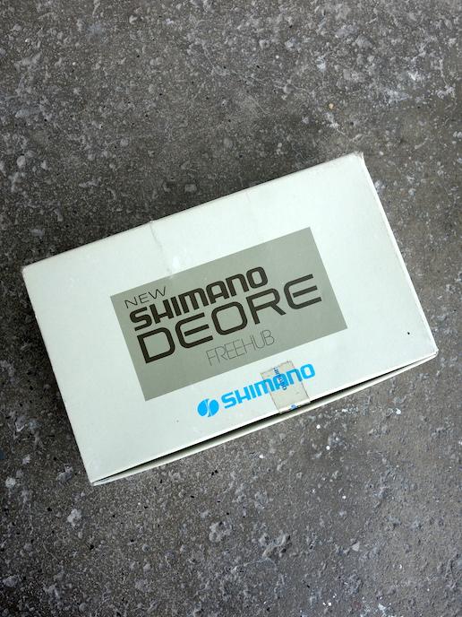 Shimano Deore MT60 bolt on hub set for UG
