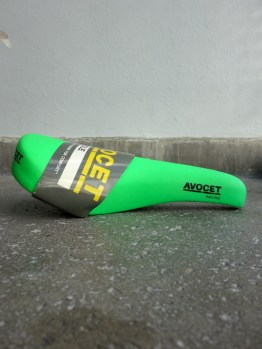 Avocet Racing Saddle for MTB in neon green