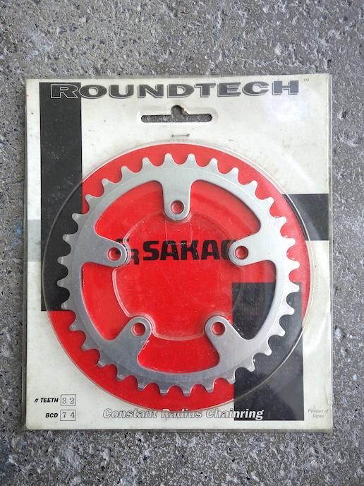 Sakae Roundtech triple 74BCD inner ring 32 tooth