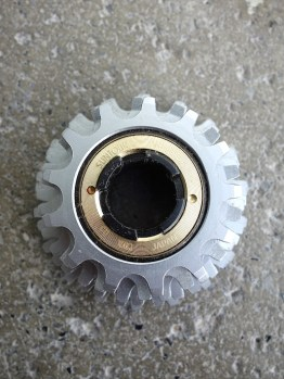 Suntour Winner Pro close ratio freewheel six speed