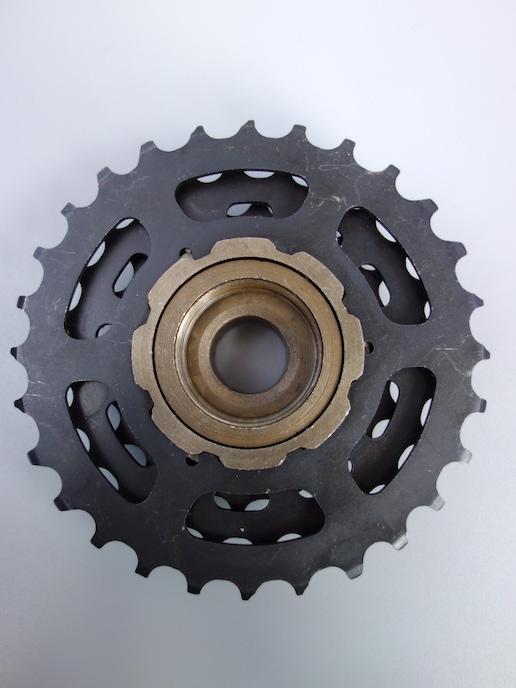 Suntour FW-AL10-K6 6 speed Accushift freewheel – 13-28
