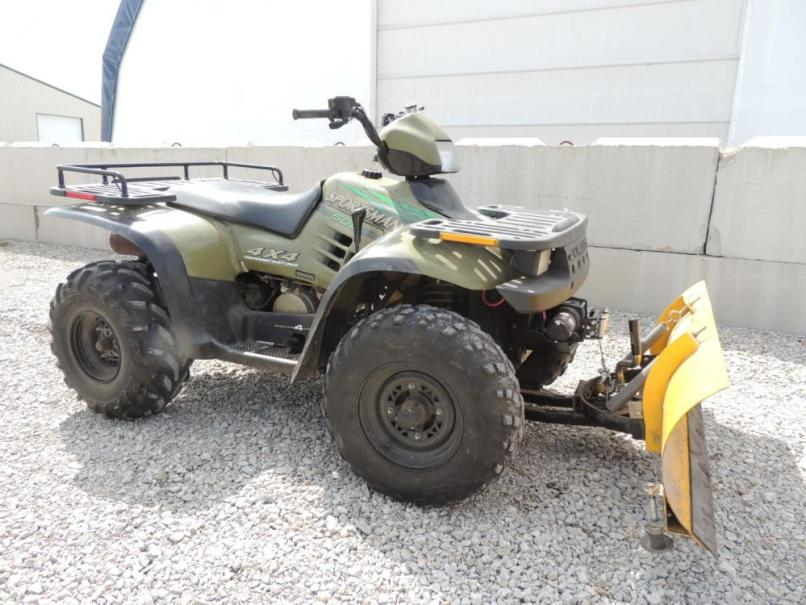Lot 11 Of 168 Polaris Sportsman 500 4 Wheeler W Electric Winch And Plow Mounted X