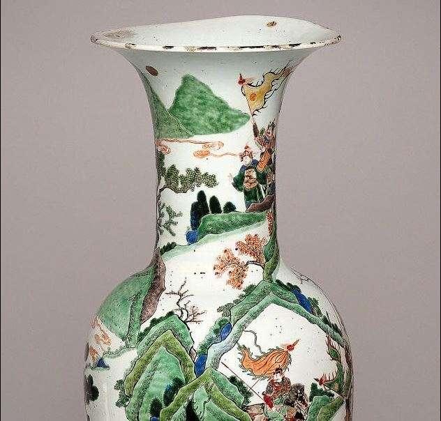 Chinese Kangxi Period Famille verte Baluster Vase
