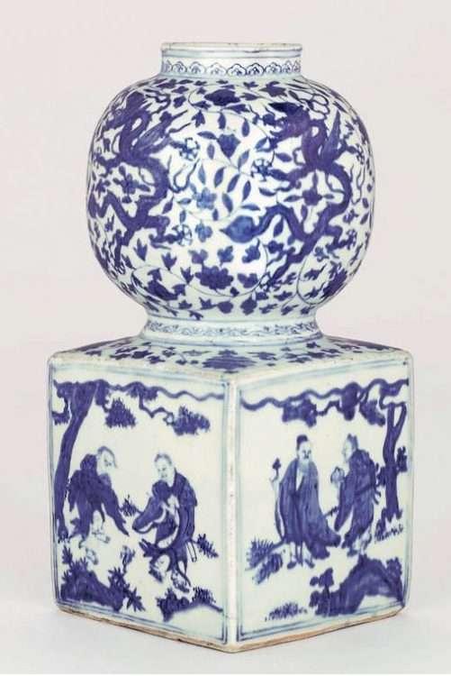 Dragon and Immortal Jiajing vase