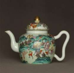 Rare Famille Rose Chinese Tea Pot