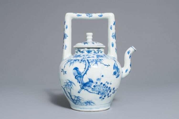 Chinese Transitional Wine Pot