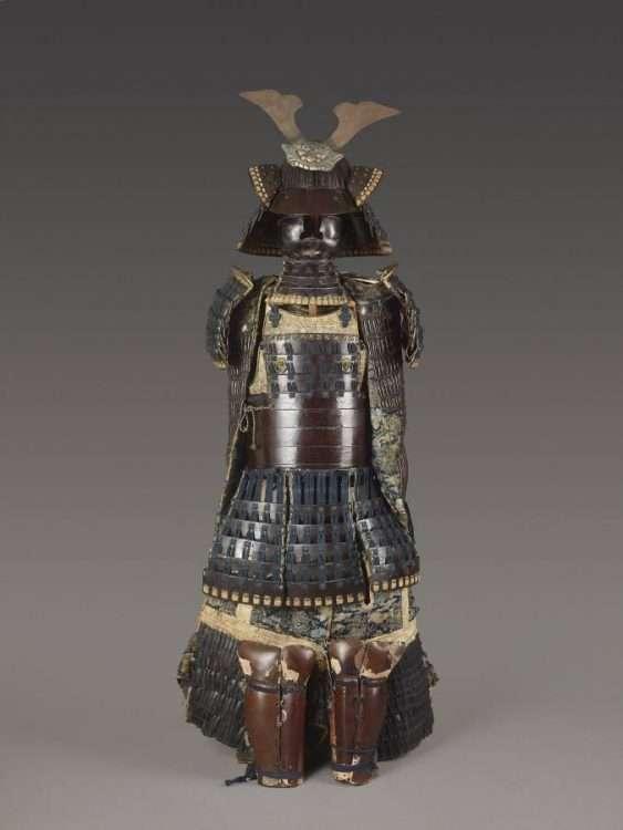 SAMURAI ARMOR WITH KABUTO