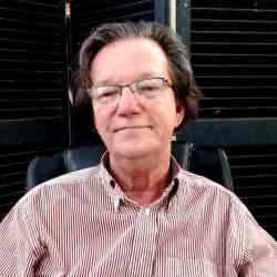 Peter Combs