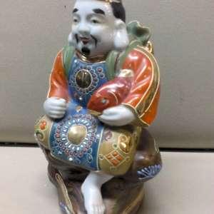Figurine japonaise antique de porcelaine de Kutani peinte à la main Ebizu