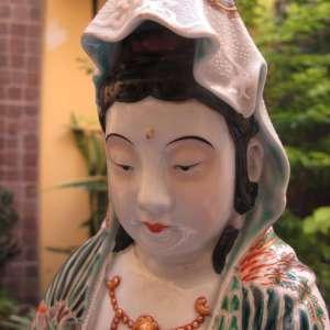 Antique and large japanese Kutani porcelain figurine of Kwannon,