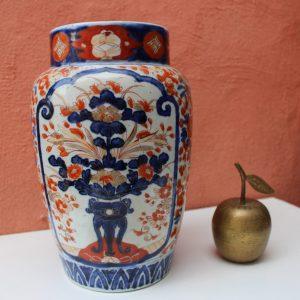 IMARI, 19th century big vase, JAPAN, Meiji Period