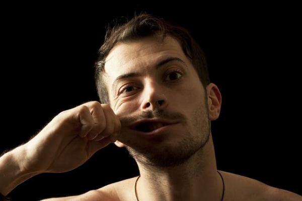 11641149_m-1-600x399 【ニードル脱毛】で髭脱毛するべき人の10の特徴