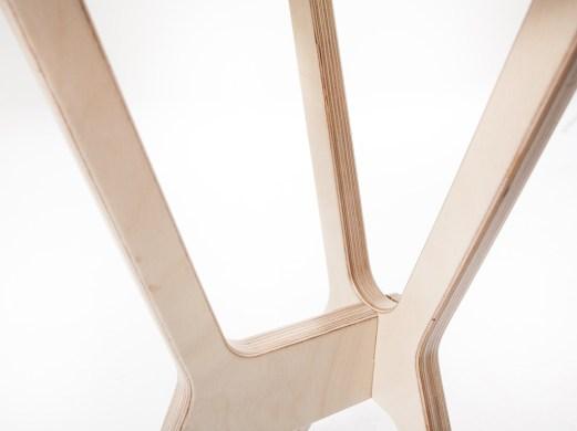 legno-autoproduzione-Sella-sgabello-prodotto-legno-minimal-multistrato-bibidesign