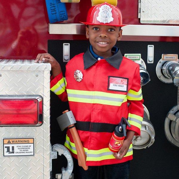 déguisement de pompier et ses accessoires