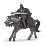 Cavalier noir sans visage chevauchant le Cheval noir fantastique