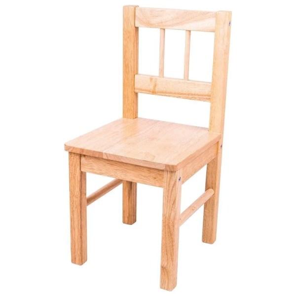 Parfaitement adaptée à la taille des jeunes enfants, cette chaise en bois pour enfant très solide et très stable. Présentée ici en bois naturel.