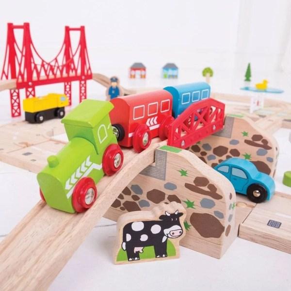 Circuit en bois route et rail est idéal convient aux enfants dès 3 ans