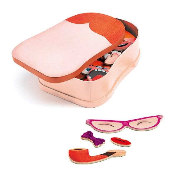 boite du jeu magnétique InZeBox Portraito avec quelques accessoires à côté
