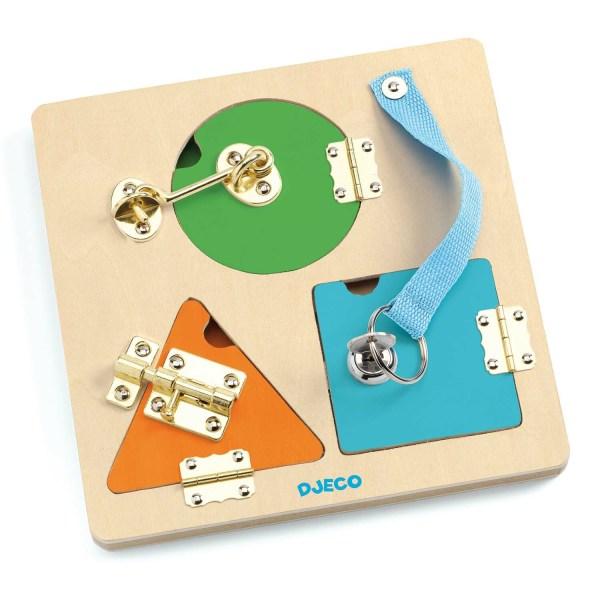 LockBasic 3 systèmes de fermeture. un rond vert avec un crochet, un triangle jaune avec une targette et un carré bleu avec une clé
