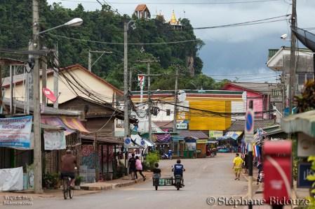 thong-pha-phum-thailande