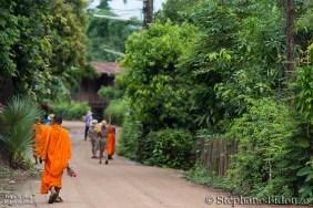 buddhist-monk-thailand