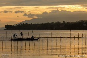 fishing-boat-philippines-sunset