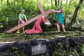 croix-chemin-vieux-volcan-camiguin