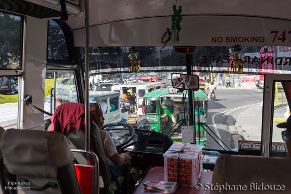 bus-cebu-moalboal