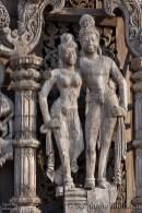 statue-wooden-temple-pattaya