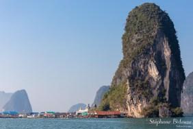 koh-panyi-village-falaise-thailande
