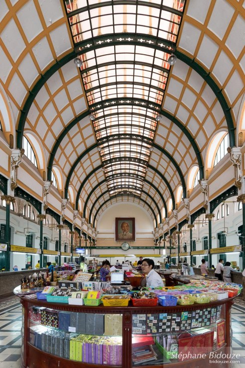 Ho Chi Minh City-poste-architecture-vietnam