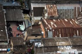 immeubles-vieux-rouillés-toitures-vietnam