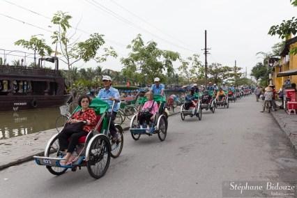 chinois-touristes-pousse-vietnam