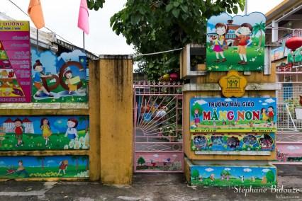 entree-ecole-maternelle-hoi-an-vietnam